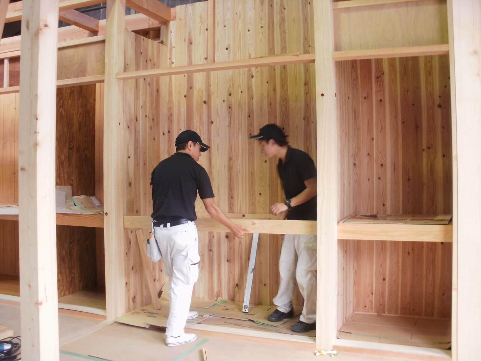 造建築科木造軸組構法の模擬住宅を建築