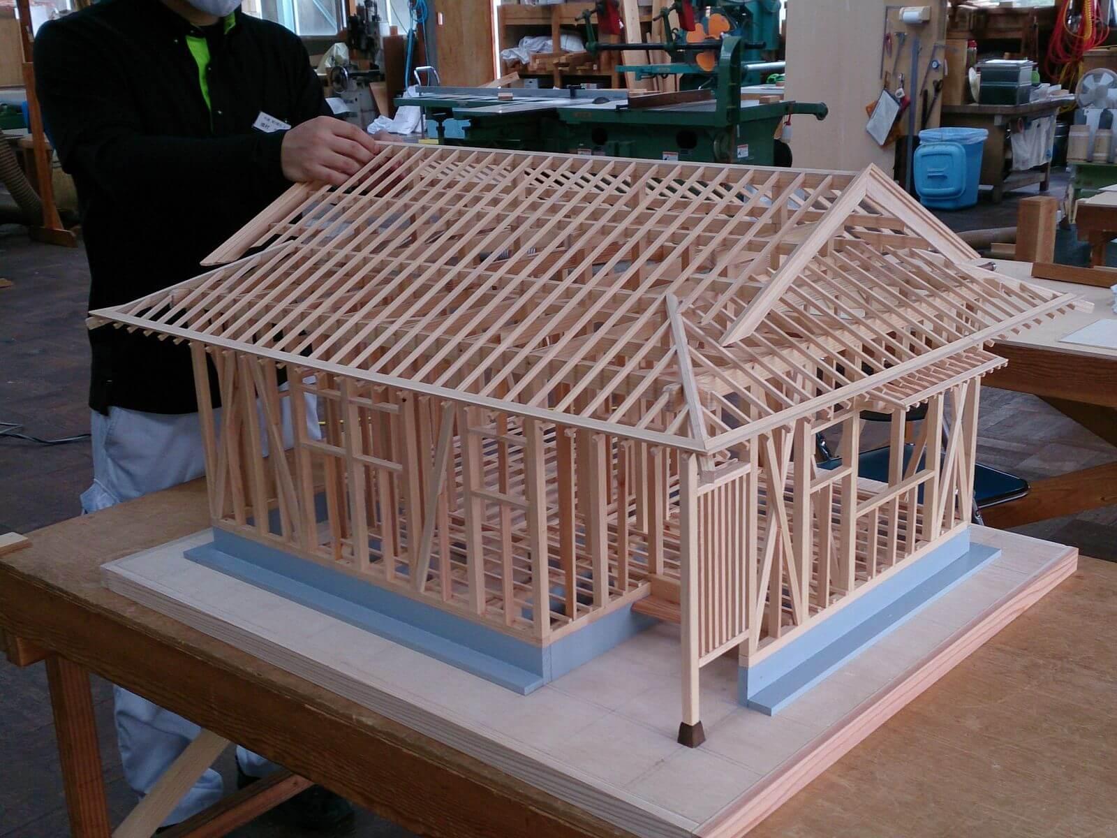 木造建築科構造軸組模型の製作